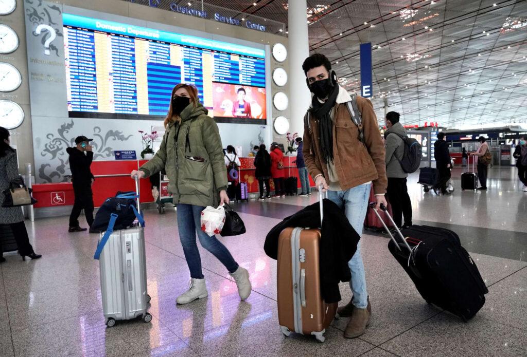سفر کردن در زمان کرونا خطر دارد؟ | عوامل خطرساز در مسافرت ایام کرونا