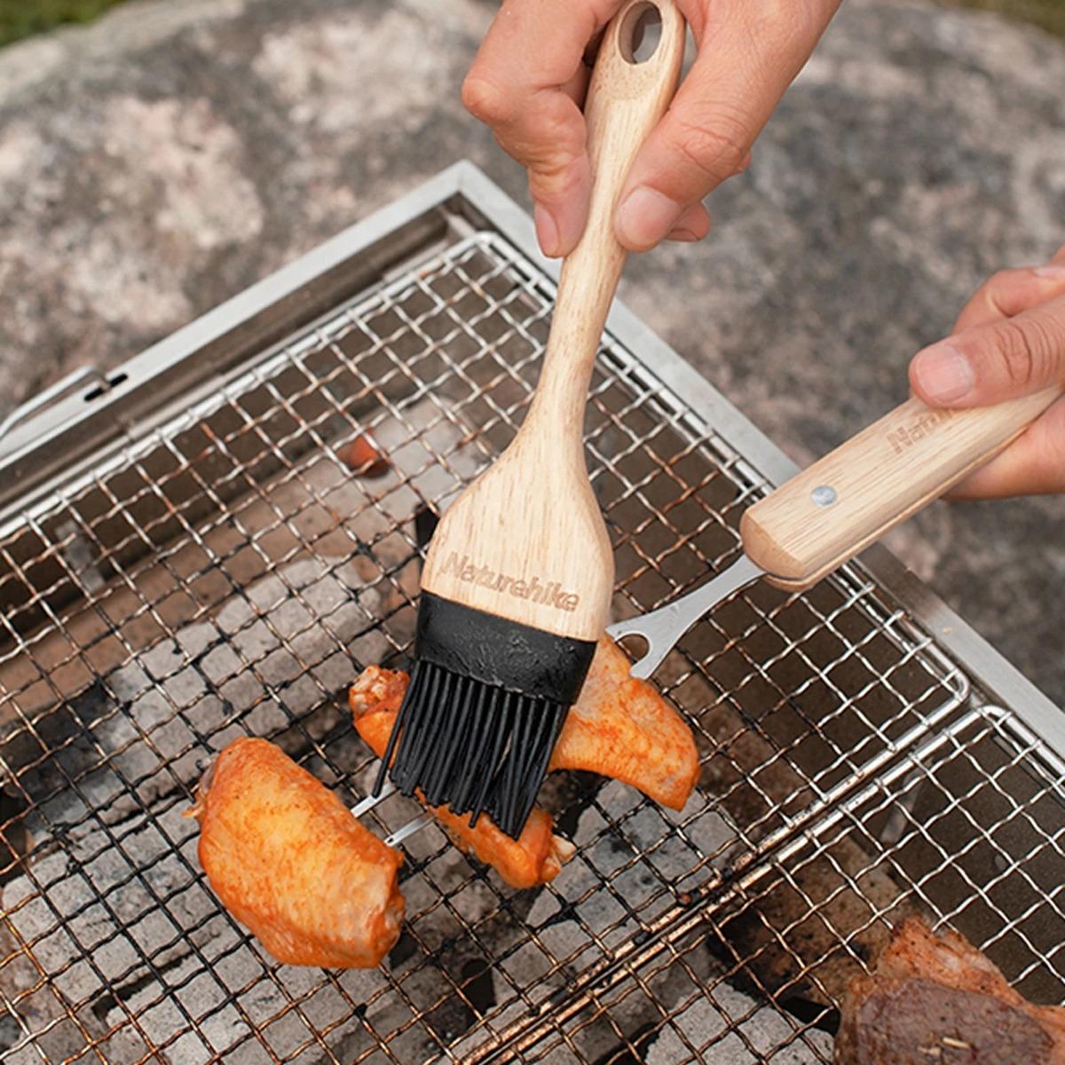 قلمو سیلیکونی نیچرهایک مدل Wooden Oil Brush
