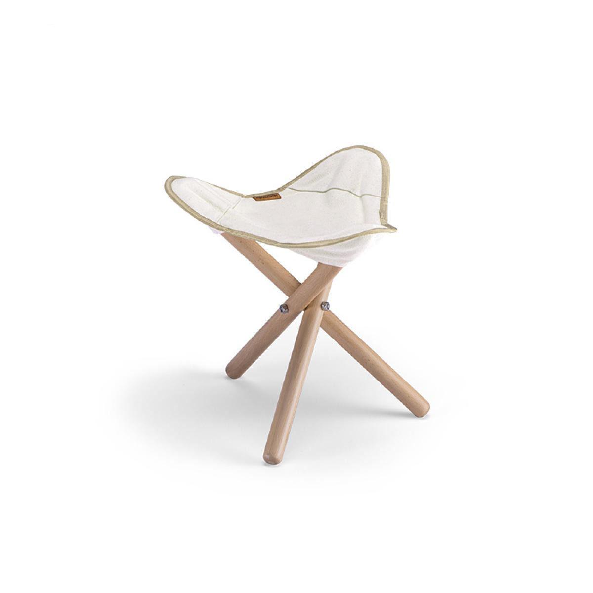 صندلی نیچرهایک مدل Folding Triangle Stool