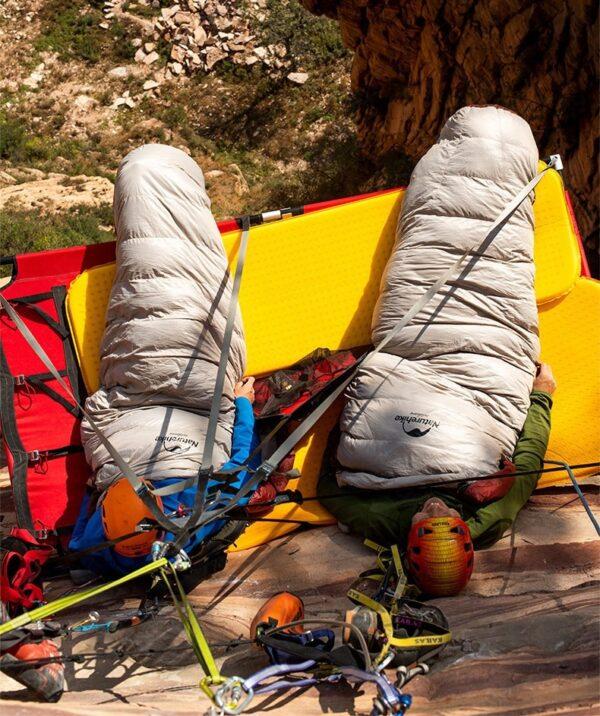 کیسه خواب پر نیچرهایک مدل Snowbird 980g